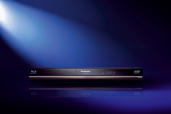 Blu-ray prehrávač Panasonic DMP-BDT100 dokáže sprostredkovať intenzívny trojrozmerný filmový zážitok.