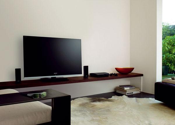 Televízor 3D Sony LX900 svysokým rozlíšením Full HD as46-palcovou obrazovkou (117cm), nadčasový minimalistický dizajn Monolithic Design, prístup kobsahu online ainteligentné funkcie.