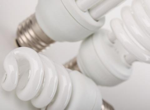 10 tipov ako neplytvať elektrinou