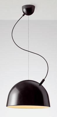 Svietidlo Plugged od návrhárov Broberga&Riddersträla. (predáva Scandium)