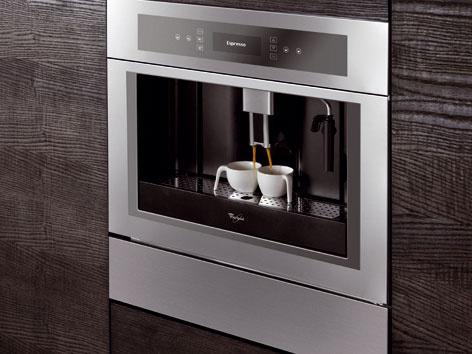 Nový plnoautomatický kávovar v dizajne Fusion