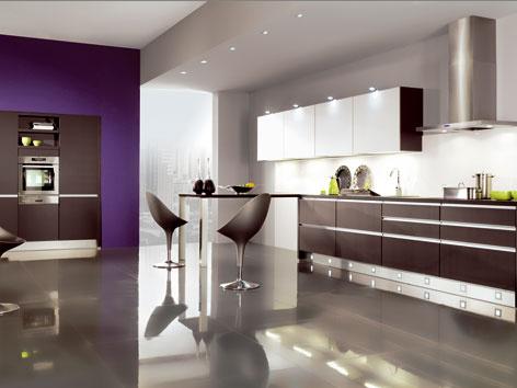 Hlavnou prednosťou značky MiaDesign je spojenie kvality aoriginálneho nápadu sprijateľnou cenou, výhodou sú aj obrovské možnosti priestorových adizajnových riešení kuchynských zostáv. Aktuálne môžete využiť tiež 40 až 70 % zľavy nielen na kuchynský nábytok, ale aj na spotrebiče, drezy, batérie aďalšie príslušenstvo.