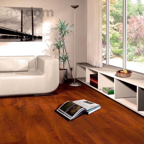 Laminátové alebo drevené podlahy v obývacej izbe