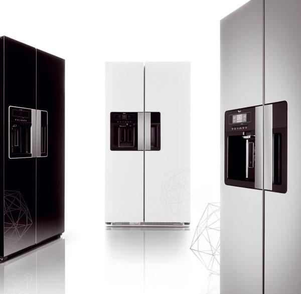 Nový modelový rad chladničiek Whirlpool amerického typu side-by-side snázvom Nova.