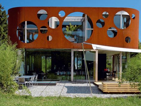 Neobyčajný dom vo švajčiarskom meste Bazilej