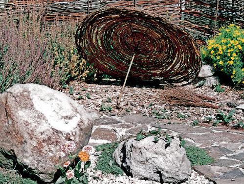 Záhrada na suchom mieste alebo čo nezničí slnko a horúčava