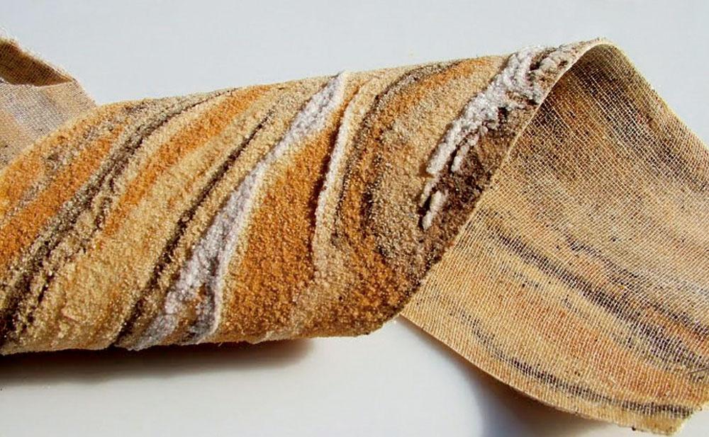 Ako obklad možno použiť flexibilný (ohybný) pieskovec.