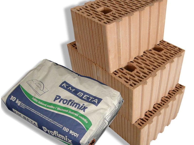 KM Beta najnovšie dodáva vybrané pálené a vápennopieskové prvky spolu s lepidlom