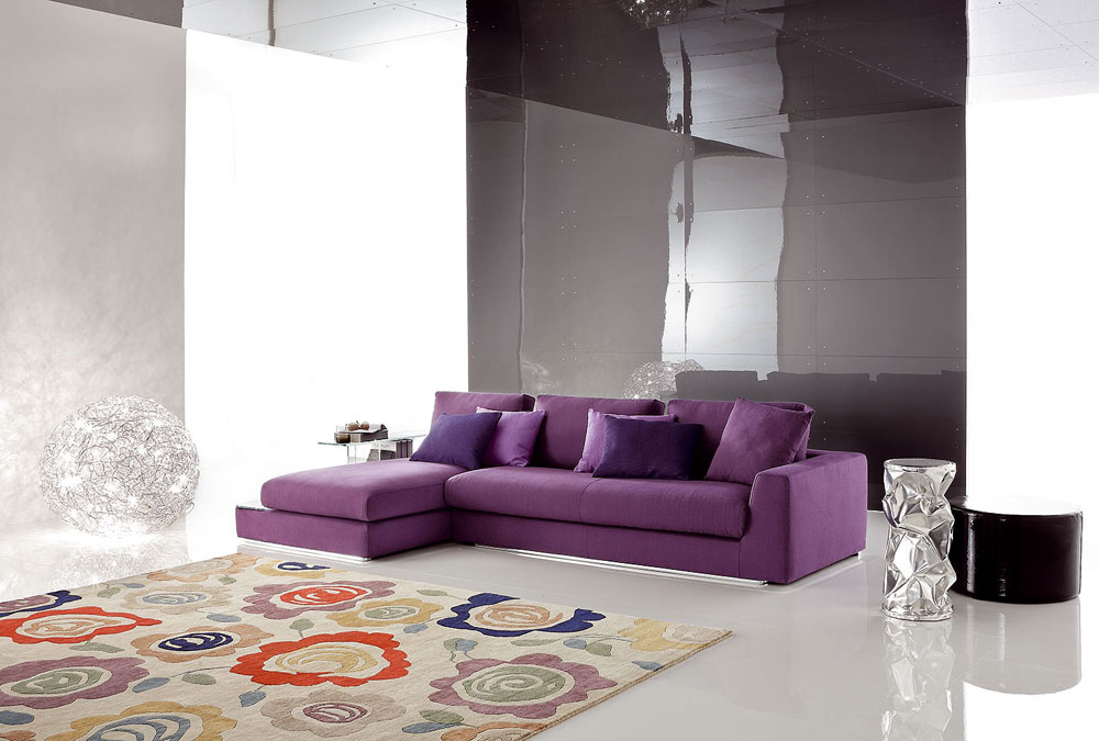 Pohovka Bijouux od firmy Ditre. Novinka vpredaji od júla. Podrobnejšie informácie upredajcu. Predáva Design House.