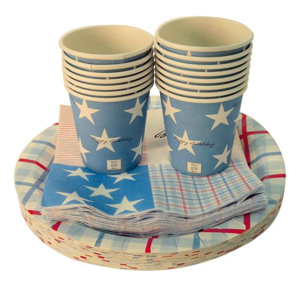 Na balkónovej párty použite papierové poháre ataniere. Poháre 129530, 7 × 8 cm. Cena 3 €