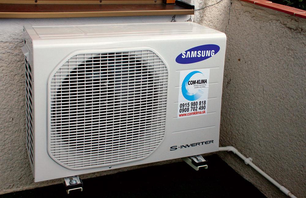 Jednotky Samsung modelového radu Vivace aBoracay sú obľúbeným riešením vbežných bytoch – 3,5 kW model je vhodný do priestoru spodlahovou plochou okolo 35m2. Vonkajšie jednotky sa obvykle umiestnia na balkóne. Pri osádzaní jednotiek sa vtomto prípade dbalo na to, aby čo najmenej narušili priestor. Približné náklady na inštaláciu sa pohybujú vrozmedzí od 680 do 1300€ bez DPH, podľa náročnosti inštalácie adĺžky trasy, ktorou je prepojená vnútorná jednotka svonkajšou.