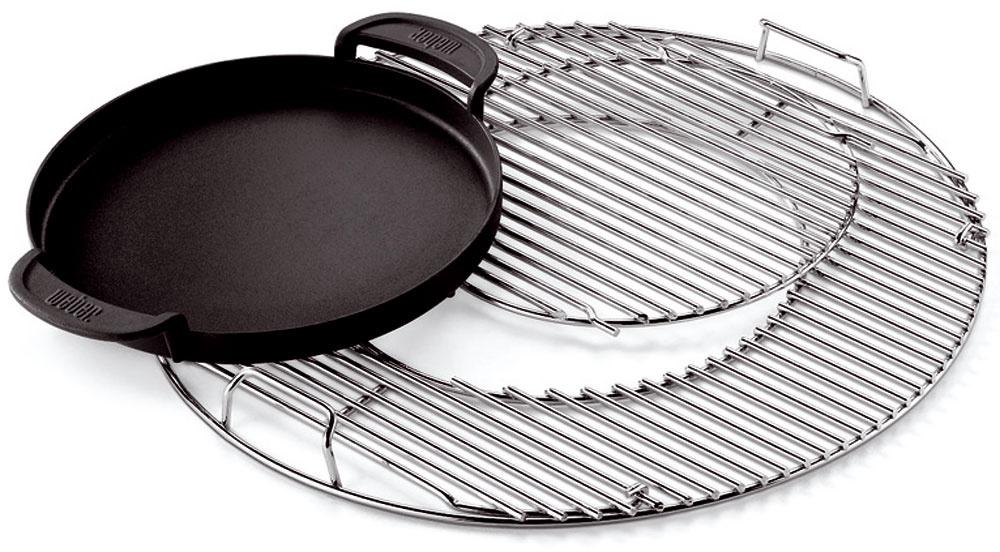 Novinkou na trhu je gril na drevené uhlie sdvojdielnym roštom astromi vymeniteľnými vnútornými nadstavcami – panvicou, panvicou wok a nadstavcom sear grate, čo je liatinová mriežka. Pravý americký steak, ázijské špeciality či omeletu, všetko je možné pripravovať na záhrade bez odbiehania do kuchyne.