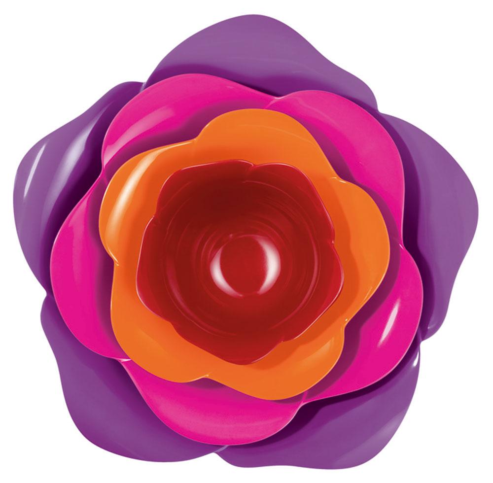 Plastové misky Rose shot rôznej veľkosti, od 0,2 do 2,2 l. Keďže sa dajú naukladať na seba, nezaberú pri skladovaní veľa miesta. Cena 32 €. Predáva Galan.