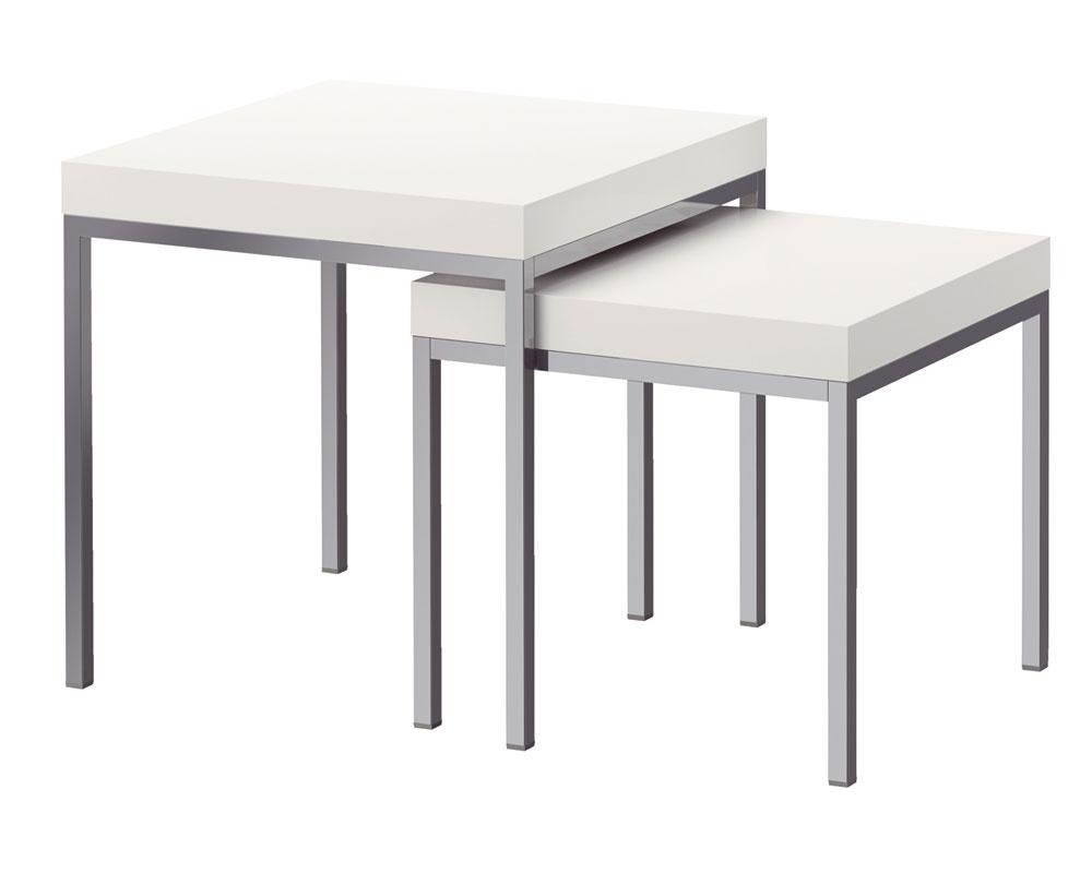 Konferenčný stolík Klubbo, dva kusy srôznou výškou, dajú sa zasúvať pod seba, aby nezaberali veľa miesta. Cena 59,90 €/2ks. Predáva IKEA.