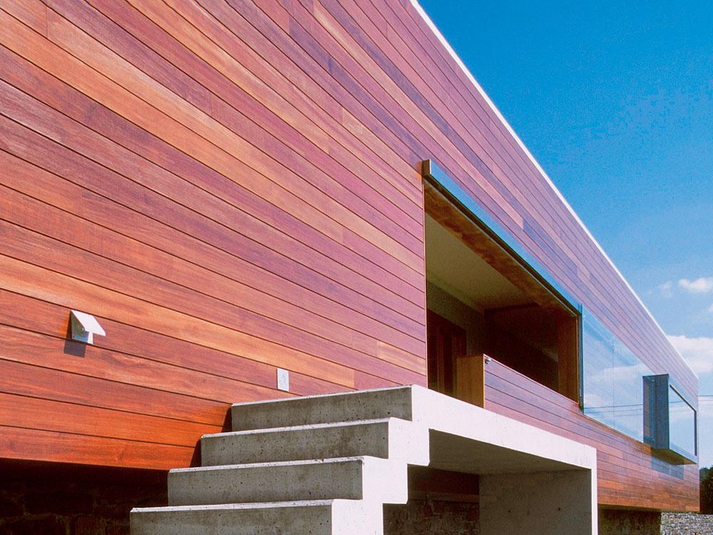 Ako na povrchovú úpravu dreva v exteriéri