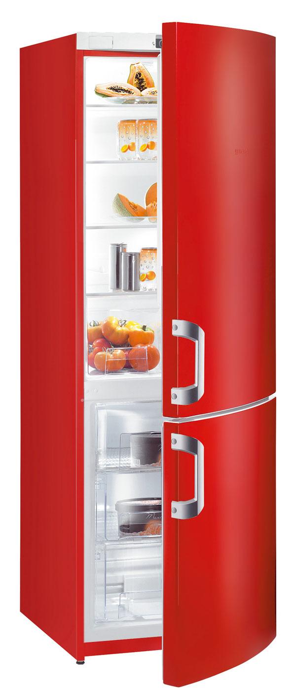 Kombinovaná chladnička smrazničkou Gorenje RK 60359 HRD sobjemom 322 litrov (230/92) venergetickej triede A++, spotreba 230 kWh/rok (0,629 kWh/deň), hlučnosť 40 dB. Automatické odmrazovanie. Mraziaca kapacita 4,5 kg/24 h, odolnosť pri výpadku energie 18 h. Cena 699 €.