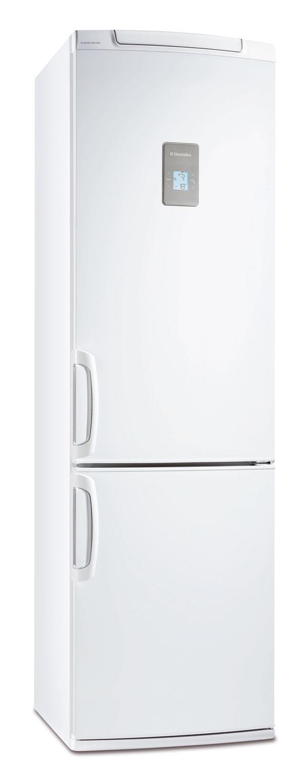 Kombinovaná chladnička smrazničkou Electrolux ENB38943W stechnológiou FreshFrostFree uchová potraviny vchladničke dlhšie čerstvé vďaka správnej vlhkosti. Zásuvka Fresh Zone zabezpečí dvakrát dlhšiu čerstvosť vďaka nižšej teplote o15 % (najmä na uskladnenie rýb amäsa), je flexibilná, môžete ju presunúť do ľubovoľnej úrovne. Vyhotovenie SpacePlus, LCD displej selektronickým ovládaním na dvierkach, alarm pri zvýšení teploty sfunkciou vypnutia spotrebiča, sklenené nastaviteľné police, polica na fľaše, extra veľké priehradky na zeleninu. Objem 363 litrov (285/78 l), spotreba 297 kWh/rok (0,814 kWh/deň), hlučnosť 42 dB, energetická trieda A+. Cena 698 €.