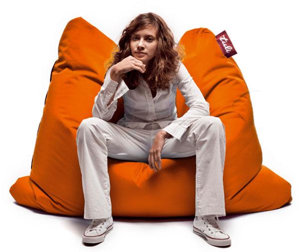 Sedací vak Tuli Sofa (oranžová polyesterová látka) od spoločnosti Tuli vhodnote 169,90 € (5x)