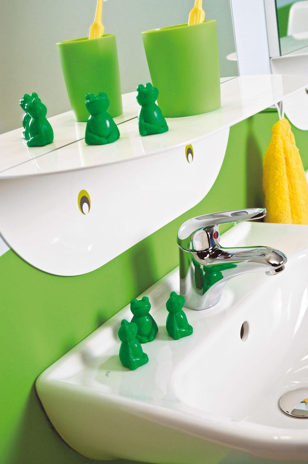 Veselé farby, vtipné dekorácia azvýšená bezpečnosť aj vďaka oblým hranám na všetkom, očo by sa dieťa mohlo udrieť. Všetky materiály vdetskej kúpeľni by mali odolať zmenám vlhkosti,teplôt ačastému špliechaniu.