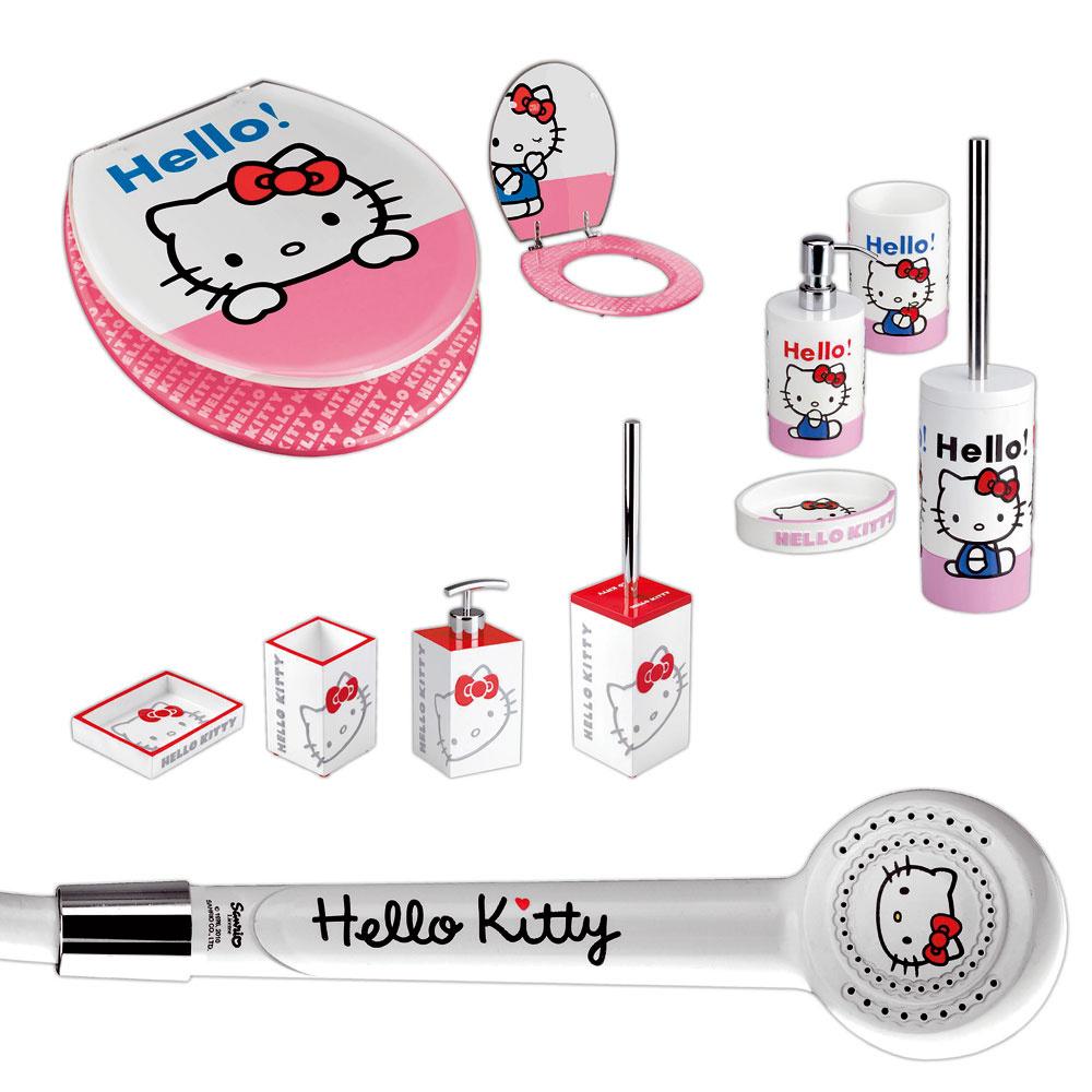 Kolekcia doplnkov do kúpeľne smotívom Hello Kitty, ktorý poteší na všetkom, na čom sa objaví. Každodenné hygienické návyky apoužívanie kúpeľne sa tak stanú ešte obľúbenejšími alákavejšími.