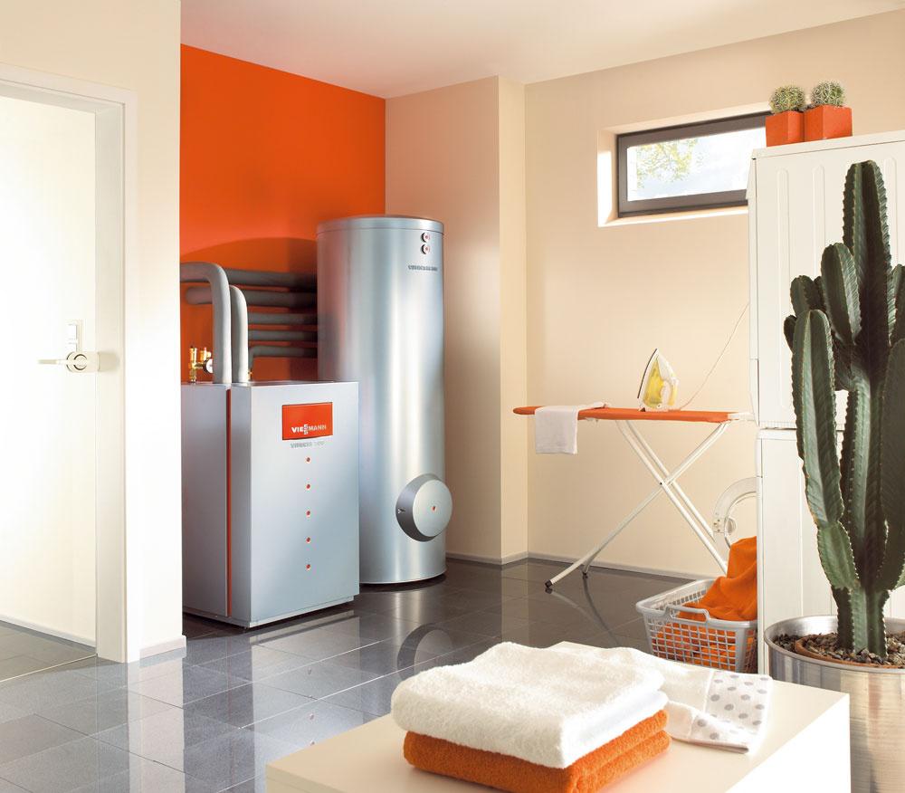 Tepelné čerpadlo geoTHERM VWL Svzduch/voda možno vďaka maximálnej výstupnej teplote 65 °C použiť vspojení svhodným zásobníkom aj na ohrev vody. Na jednoduché pripojenie externého zásobníka teplej vody je vtepelnom čerpadle zabudovaný trojcestný prepínací ventil. Toto tepelné čerpadlo sa pod označením geoTHERM plus VWL Svyrába aj vo vyhotovení sintegrovaným 175-litrovým zásobníkom na teplú vodu atvorí kompaktný celok sminimálnymi nárokmi na priestor ainštaláciu.