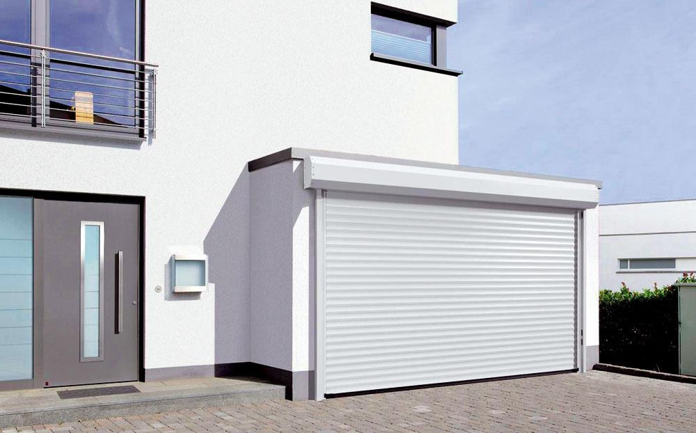 Firma Hörmann na tohtoročnom Stavebnom veľtrhu vBrne predstavila novinku – bránu RollMatic na vonkajšie zabudovanie. Tento typ ocenia najmä majitelia starších garáží, ktorí sa nechcú púšťať do rozsiahlej rekonštrukcie.