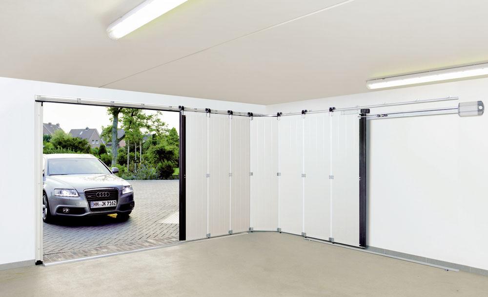Novinkou na trhu garážových brán sú tiež bočné sekciové brány HST, ktoré nájdete v ponuke spoločnosti Hörmann.