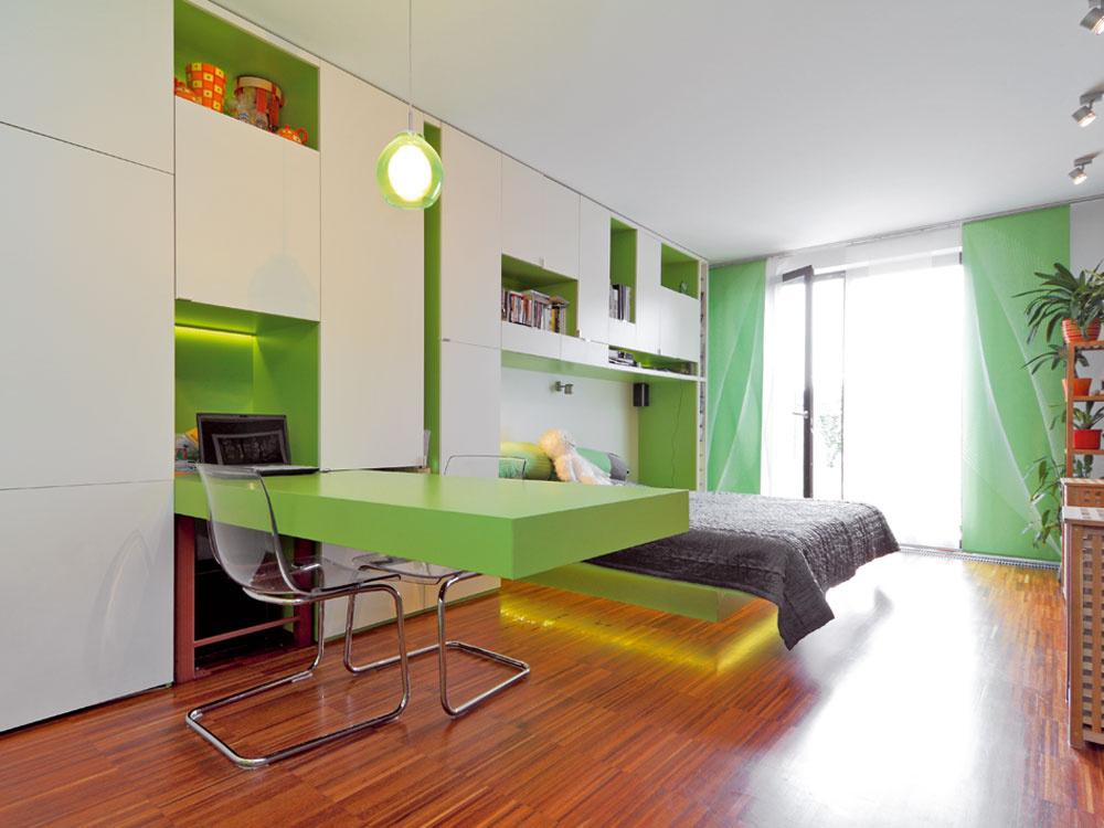 Vpriestore veľkom m2 naozaj nie je problém dovidieť zjedného konca bytu na druhý.