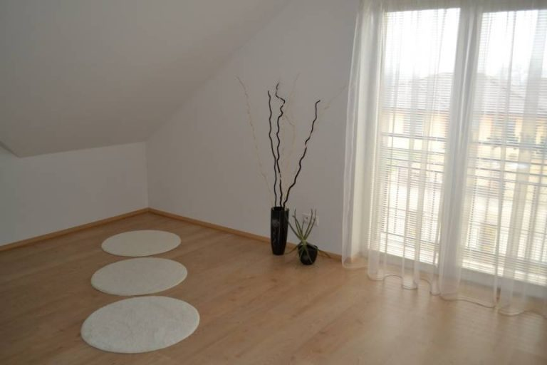 VÁŠ TIP: Dve obývacie izby pre inšpiráciu