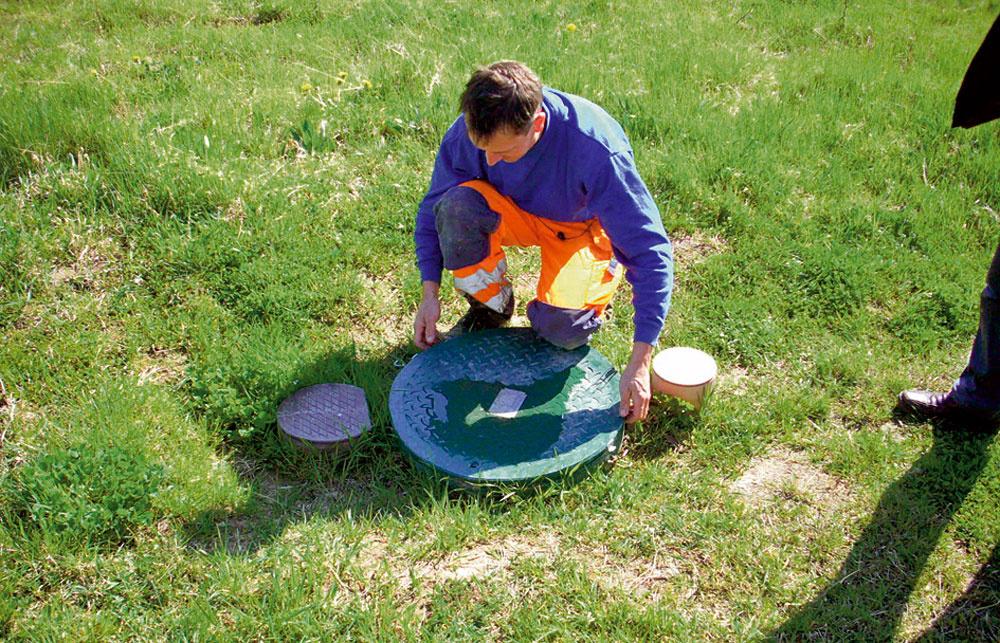 Čistiareň odpadových vôd EČ 6 SBR-2 dosahuje výborné hodnoty vyčistenej vody. Jednoducho sa zmontuje a je nenáročná na obsluhu, prevádzku aj servis. Plne automatizovaný proces čistenia riadený počítačom napovedá, že váš osobný kontakt s odpadovou vodou nebude takmer žiadny. Čistička bude navyše sama signalizovať, ak nastanú problémy.