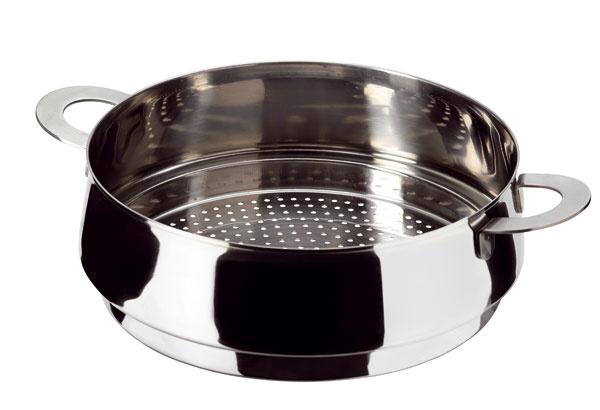 Pre priaznivcov lacnejších alternatív sú určené naparovacie košíky. Princíp varenia v nich je rovnaký ako pri varení v parnom hrnci. Najlepšie dostupné sú košíky z nehrdzavejúcej ocele.