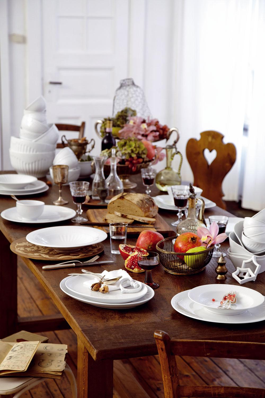 Nestarnúca poctivá klasika, bielym porcelánom nikdy nič nepokazíte. Súprava porcelánu Kahla Centuries, 12 ks, 110,90 €/12 ks, predáva Nábytok Galan.