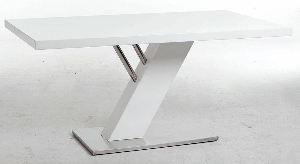 Stôl Lorenzo skostrou vo vysokom bielom lesku, kovová spodná doska, rozmery 160 × 76 × 90cm, cena 449 €, predáva kika.