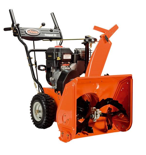 Dvojstupňová snehová fréza Compact 22 od firmy Ariens sbenzínovým motorom Briggs&Stratton Snow Series 900. Objem nádrže 2,7 litra, záber 56 cm, vzdialenosť odhodeného snehu 12,2 m, hmotnosť odhádzaného snehu 686 kg/min. Ovládanie smeru ohadzovaného snehu zmiesta obsluhy, štartovanie šnúrou, nastaviteľné sklznice. Cena 1 790 €.