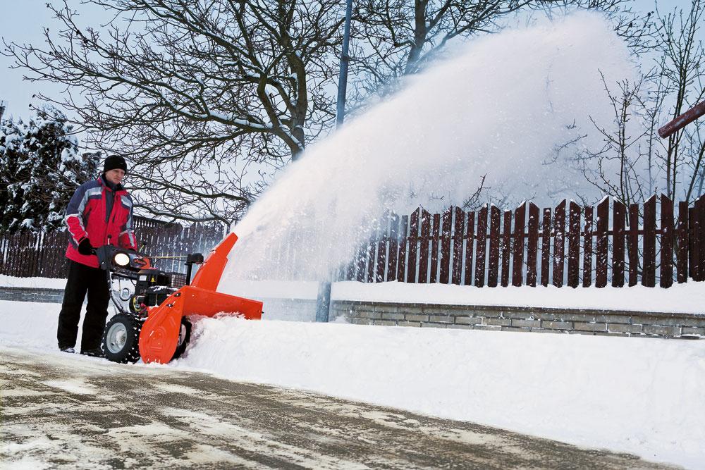 Snehová fréza Compact – najpredávanejšia séria dvojstupňových fréz od firmy Ariens (USA) na Slovensku. Cena od 805 €. Predáva Mountfield.