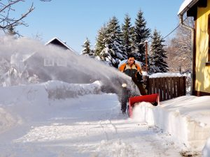 Snehová fréza vás zbaví starostí s odpratávaním snehu