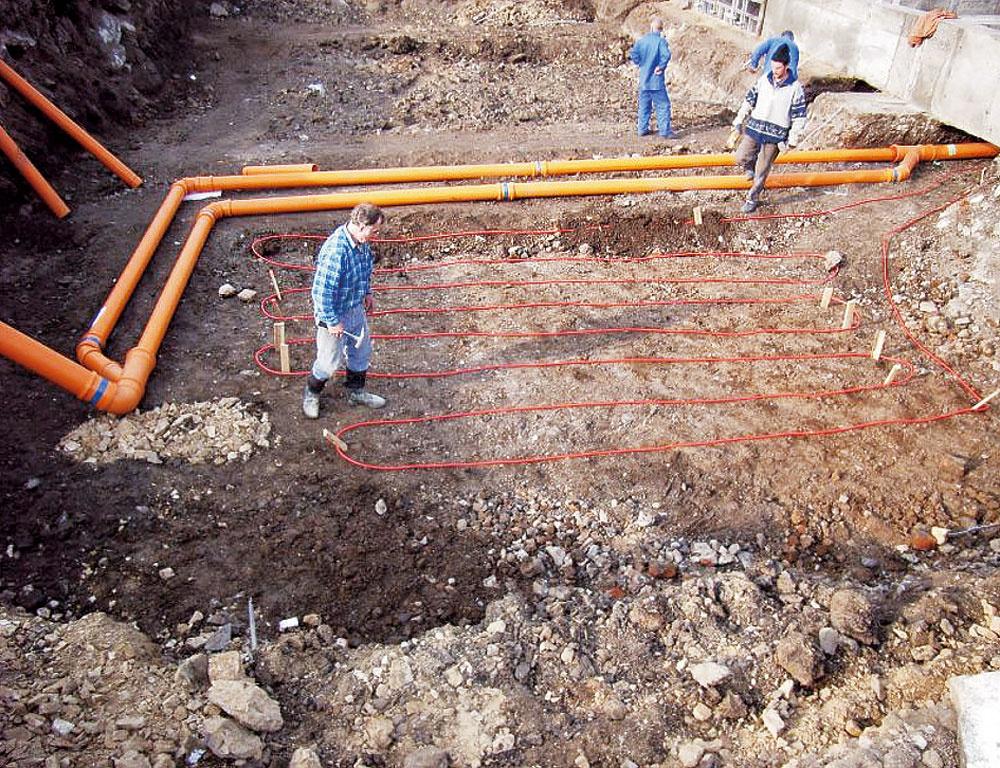 Čerstvý vzduch sa z exteriéru privádza dostatočne dlhým podzemným potrubím. (P. Mareček)