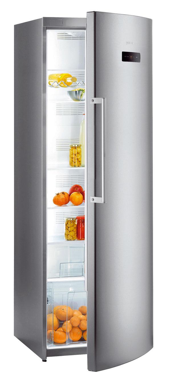 Nová monoklimatická chladnička Gorenje R 6181 TX. Energetická trieda A++, spotreba 173 kWh/rok (0,47 kWh/deň), objem 346 litrov, hlučnosť 39 dB. LED ovládací displej na dvierkach, funkcia rýchle chladenie, multiflow, signál otvorených dverí, špeciálna zásuvka ZeroZone sobjemom 38 l na uchovávanie čerstvých potravín pri teplote 0 °C. Cena 799 €.