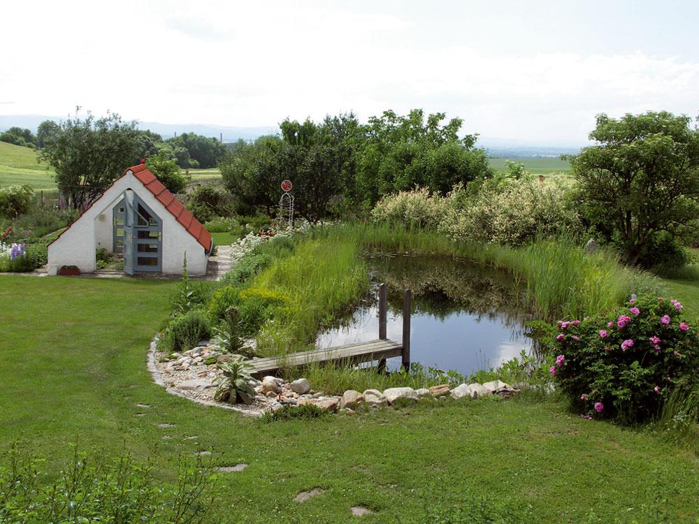 Prírodná už nie je len voľne usporiadaná záhrada