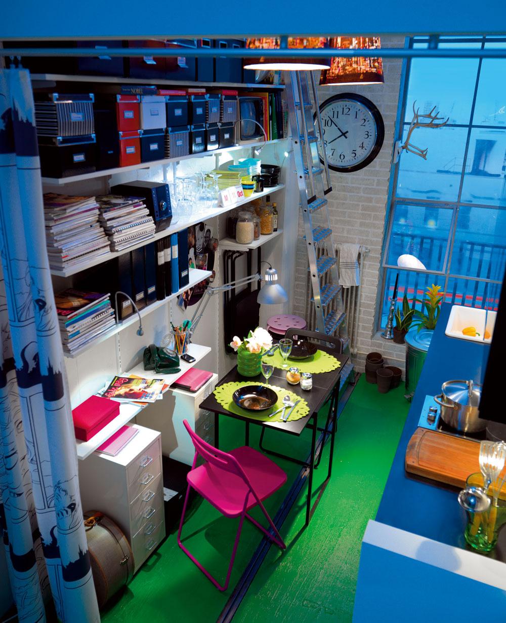 Predčasom sa znašich obydlí jedálne úplne vytratili, ale pomaly sa vracajú späť. Kult stolovania znova ožíva, takže nech už je váš príbytok akýkoľvek, či malý alebo veľký, miesto na stolovanie si niekde treba vytvoriť. Najlepšie flexibilné. (foto: IKEA)