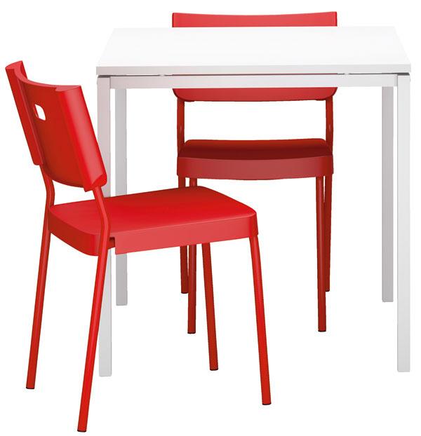 Zvoľte si farebnú aštýlovú harmóniu alebo kontrast, ale scitom. Priveľké odvážnosti by vám vmalom priestore časom začali prekážať, preto stačí, ak malú jedáleň oživíte jednou výraznou farbou vakcentoch. (foto: IKEA)