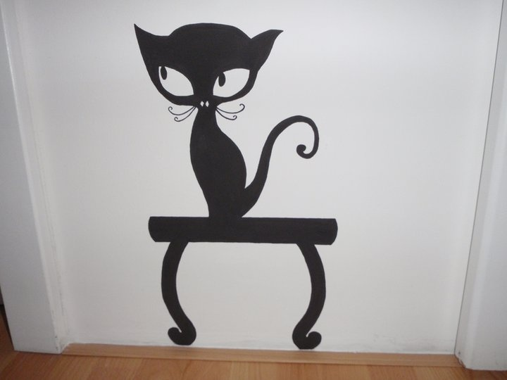 Maľba na stenu medzi kúpeľňou a WC