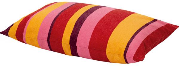 Poťah na vankúš Valborg vo sviežich farbách, rozmery 40 × 60 cm, cena 4,99 €, IKEA, a.s.