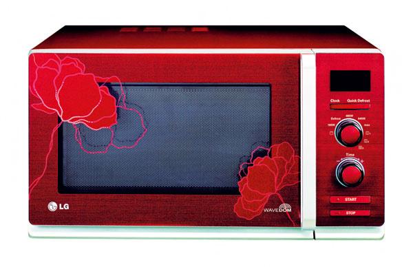 Mikrovlnná rúra LG, pre jej dizajn si ju obľúbia najmä ženy, cena 109 €, Electro World