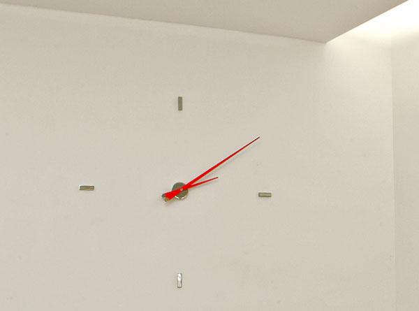 Dizajnérsky kúsok firmy Nomon, nástenné hodiny Tacon 4L, priemer 105 cm, cena 545,02 €, Nova Interier Studio