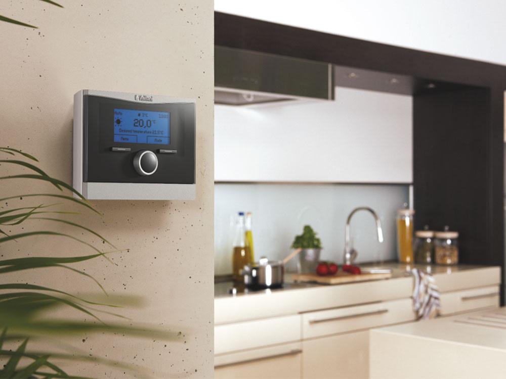 Elegantný dizajn regulátorov Vaillant calorMATIC zodpovedá aktuálnym trendom, takže perfektne zapadnú do moderného interiéru.