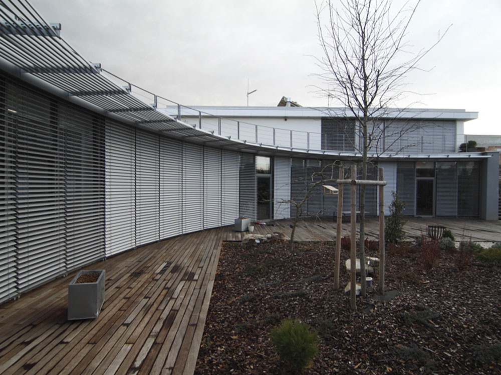 Výnimočný dom v jame ocenený na Stavbe roka 2011