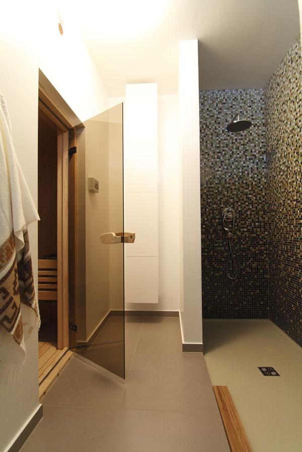 Vlastnú saunu si majitelia nevedia vynachváliť. Vzime ju využívajú každý týždeň. Keďže sa aj vminulosti pravidelne saunovali, oceňujú najmä súkromie arýchlu dostupnosť.