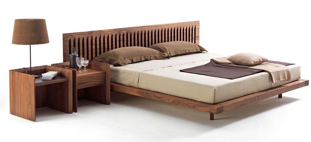 Nezanedbateľnou prednosťou nábytku zdreveného masívu je odolnosť včase. Navyše, sme vkontakte svôňou, farbou apravým teplom skutočného dreva, čo vbláznivom tempe našej doby prospieva nielen pred samotným spaním.