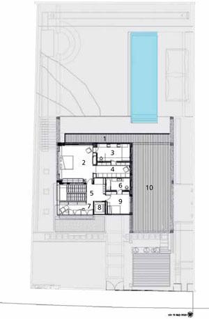 Pôdorys poschodia 1 balkón 2 spálňa  3 kúpeľňa 4 šatňa 5 schodište 6 kúpeľňa 7 odpočinkový priestor 8 výťah 9 spálňa 10 terasa